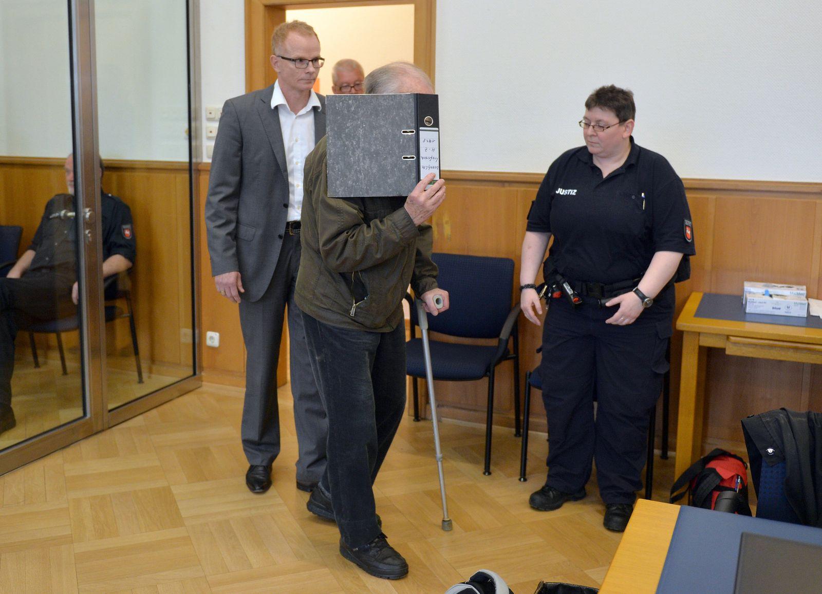 Prozess gegen 80-jährigen Rentner in Stade