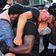 Schwarzer Aktivist rettet rechten Gegendemonstranten