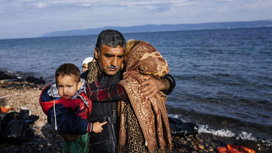 Nach der Ankunft in Lesbos: Auf den griechischen Inseln kamen dieses Jahr die meisten Flüchtlinge an