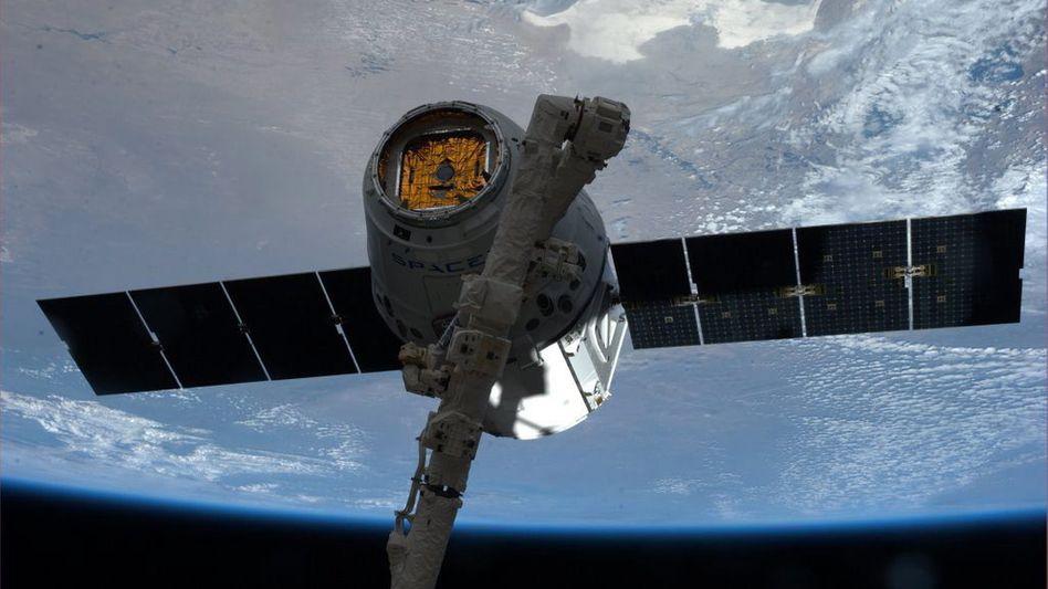 """Weit gereist: Raumtransporter """"Dragon"""" ist wieder zurück von der ISS"""