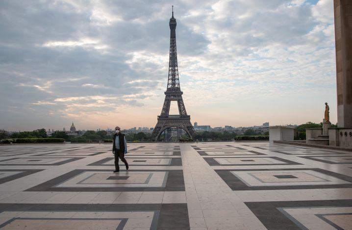 Ab Ende Juni kann es wieder voller werden auf dem Eiffelturm