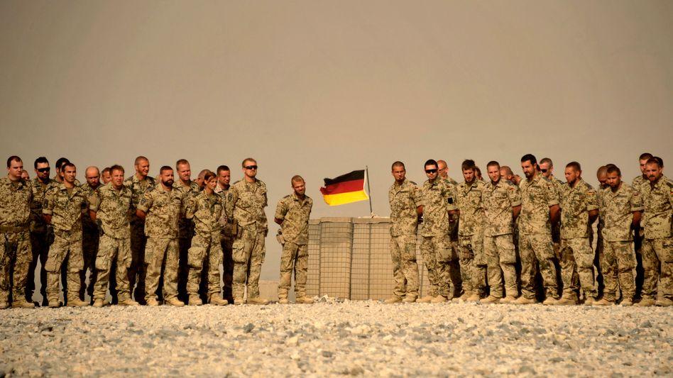 Isaf-Soldaten der Bundeswehr in Afghanistan: Keine Chance auf SMS