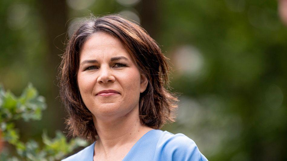 Annalena Baerbock, Parteivorsitzende und Kanzlerkandidatin der Grünen, beim Wahlkampfauftakt der Brandenburger Landesgruppe in Michendorf