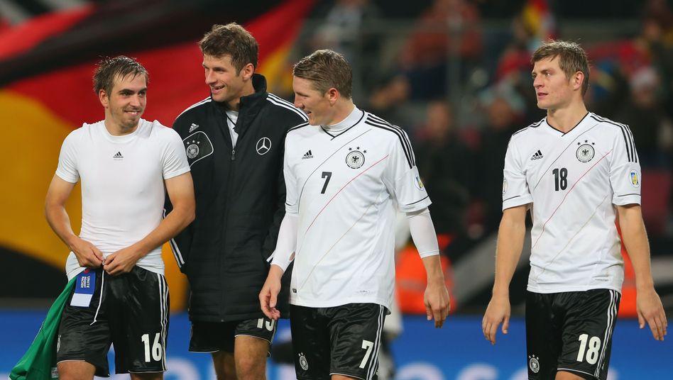 Nationalspieler Lahm, Müller, Schweinsteiger (v.l.n.r.): Messis Nachfolger?