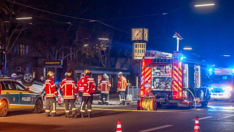 Karlsruhe: Polizei und Feuerwehr im Einsatz