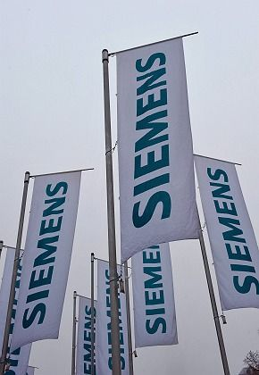 The former Siemens boss in Greece could shed light on the company's bribery scandal.
