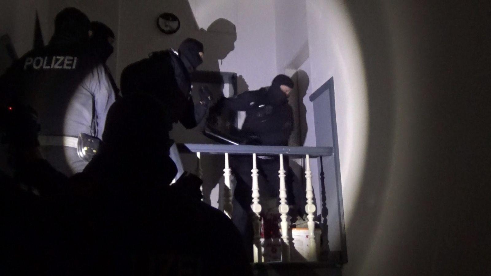 SPIEGEL TV Magazin: Exklusive Doku über die Bundespolizei