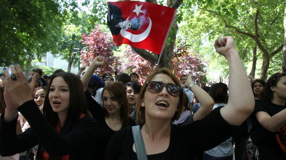 Protestierende Studenten im Gezi-Park: Schnell verabredet, schnell informiert