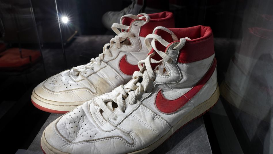 Diese Schuhe aus dem Jahr 1985 erzielten einen neuen Weltrekord