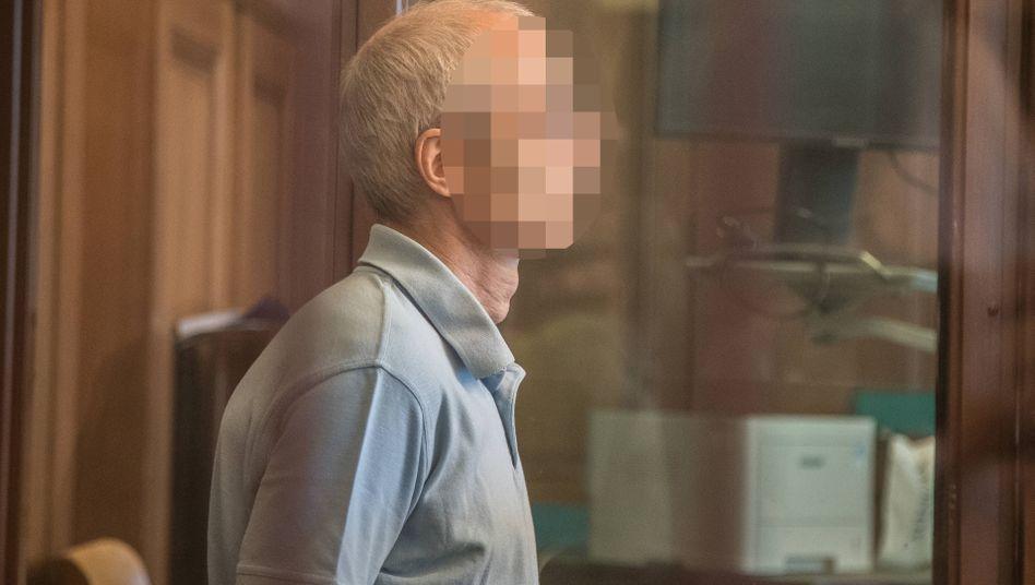 Gregor S.: angeklagt wegen Mordes und versuchten Mordes
