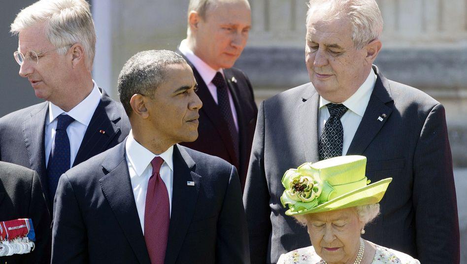Obama (2.v..) und Putin (2.v.r.) in Bénouville: Knapp 15 Minuten Austausch zwischen den beiden Präsidenten