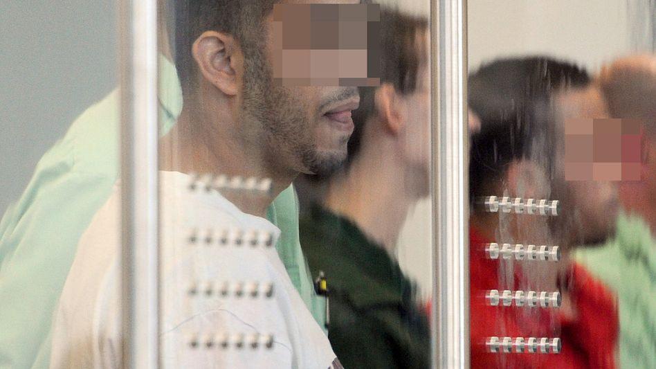 Angeklagte der Düsseldorfer Terrorzelle: Verbindungen zu Ex-Bin-Laden-Leibwächter