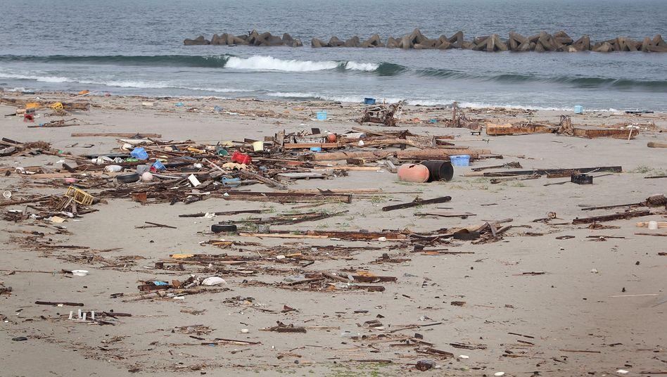 Strand vor Fukushima: Die radioaktiven Spuren der Atom-Katastrophe sind unsichtbar