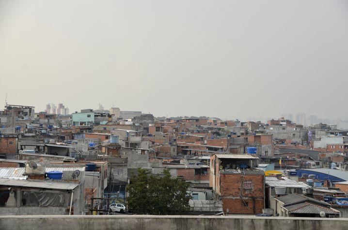 Blick auf Heliópolis