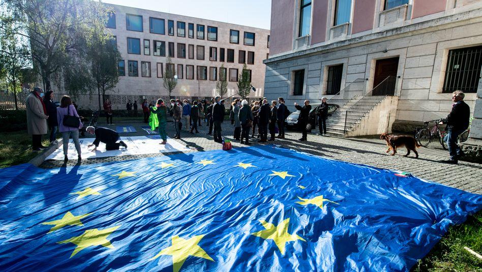 Demonstration in Berlin: Solidaritätsadresse an Europa