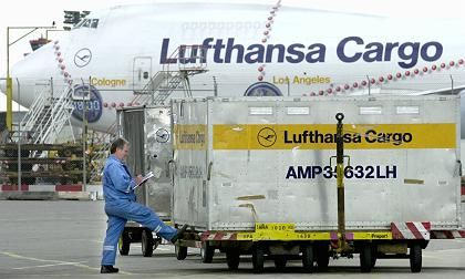 Is Russia strong-arming Lufthansa Cargo into opening up a hub in Siberia for its Asia flights?