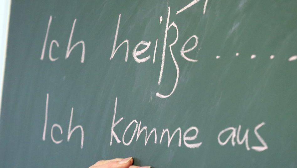 Deutschunterricht an der Tafel (Symboldbild)