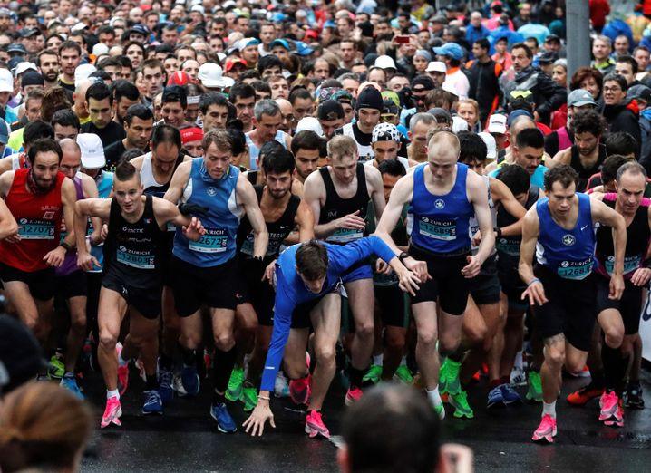 In San Sebastián treten keine Superstars an, schnelle Zeiten werden dennoch gelaufen: Der Streckenrekord liegt bei 2:09:34 Stunden