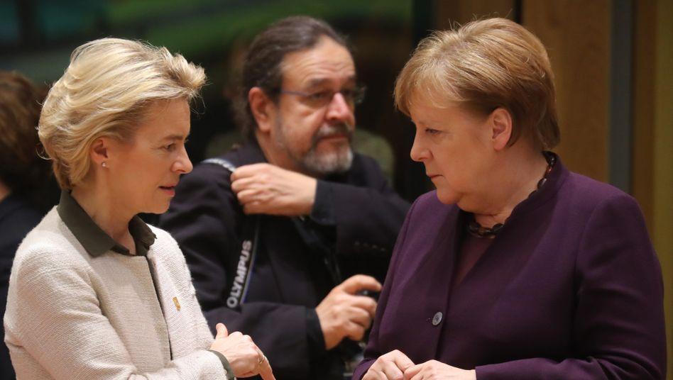EU-Kommissionschefin Ursula von der Leyen, Bundeskanzlerin Angela Merkel
