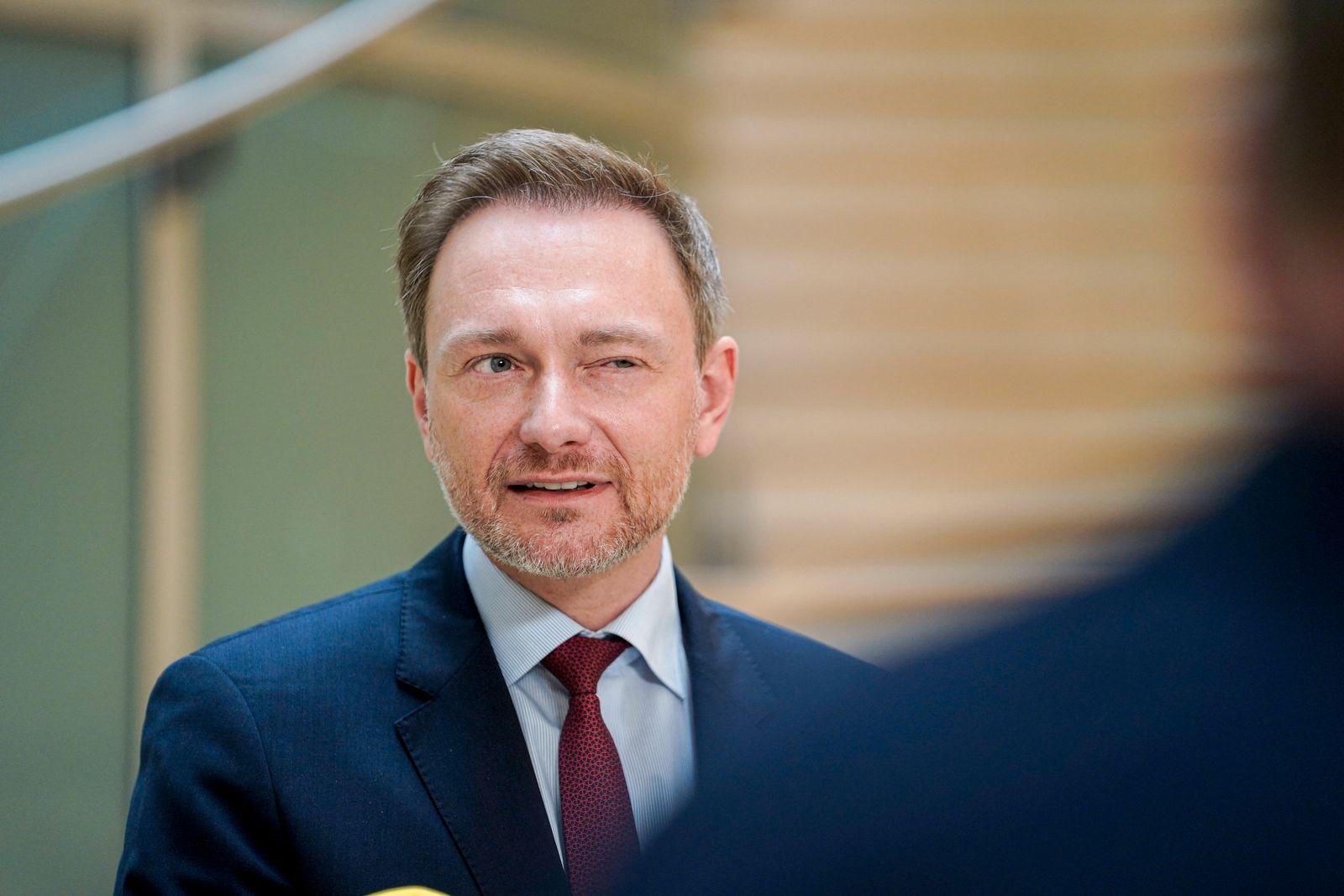 Statement der FDP Fraktion zur politischen Lage Aktuell, 05.05.2021, Berlin, Christian Lindner im Portrait bei seinem St