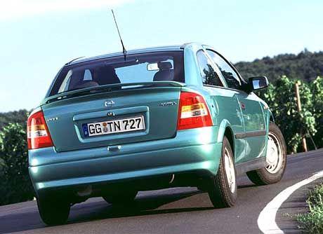 Familientauglich: Mit dem Astra verlangt Opel Spritparern kaum Kompromisse ab