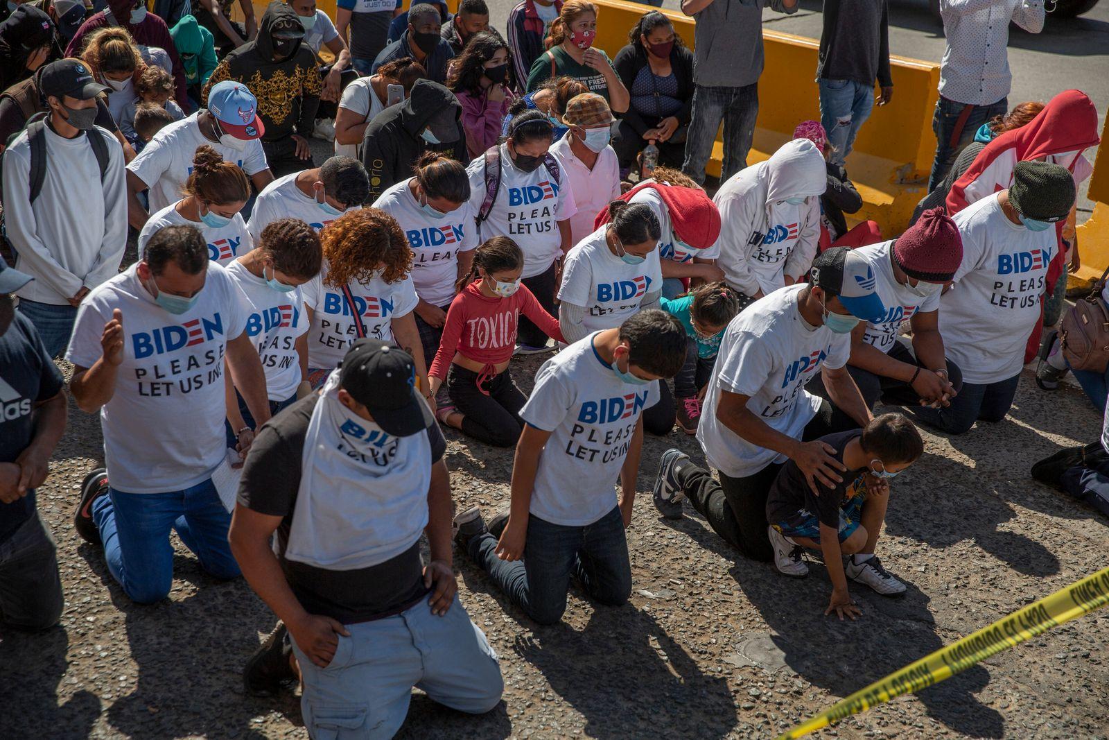 Migranten an der Grenze zwischen Mexiko und USA