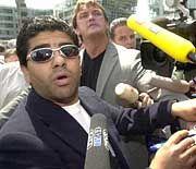 """Der """"Fake-Maradona"""": Wo bitte geht's zur Pressekonferenz"""
