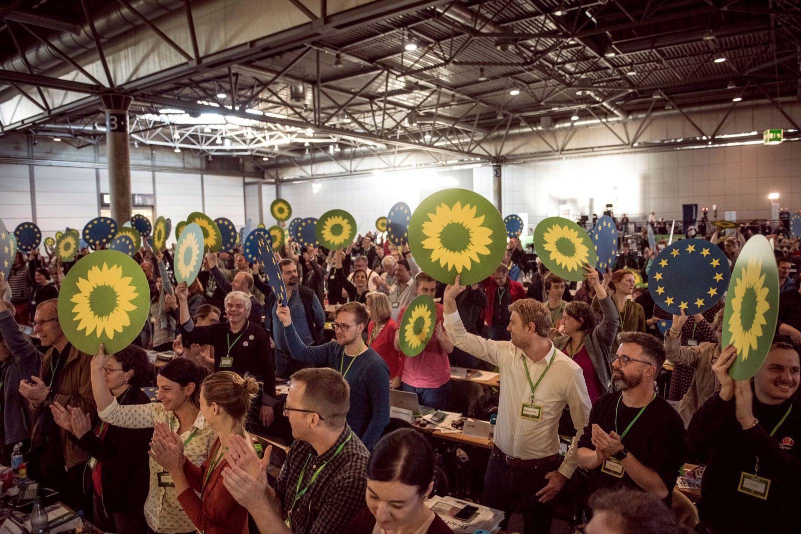 Bundesdelegiertenkonferenz BŸndnis 90 Die GrŸnen in Leipzig Freude Ÿber erfolgreiche Abstimmung de