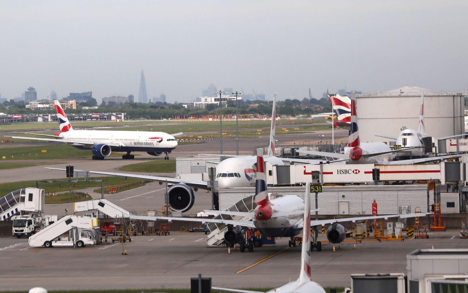 BRITAIN-AIRPORTS/HEATHROW