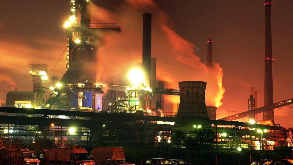 ThyssenKrupp-Stahlwerk in Duisburg (Archiv): Drohender Rechtsstreit in Brasilien