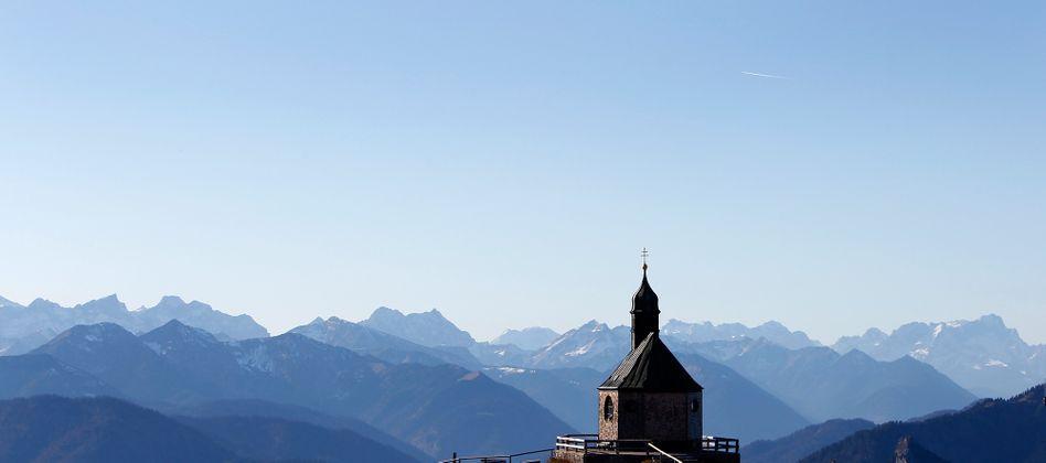 Wallbergkapelle in Bayern: Gott könnte vom Konsum verdrängt werden