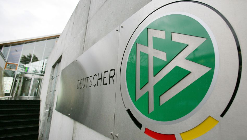 """DFB-Zentrale in Frankfurt: """"Es gibt keinerlei Vorwürfe gegen den Verband selbst"""""""