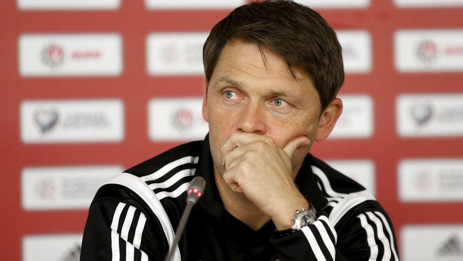 Luxemburgs Nationaltrainer Holtz: Spielabsage möglich