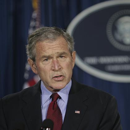 """US-Präsident Bush: Verliebt in seine Metapher vom """"Krieg gegen den Terror"""""""