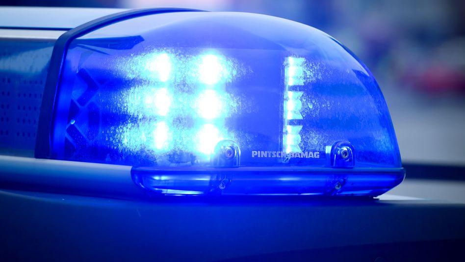 Blaulicht eines Polizeiwagens (Symbolbild)
