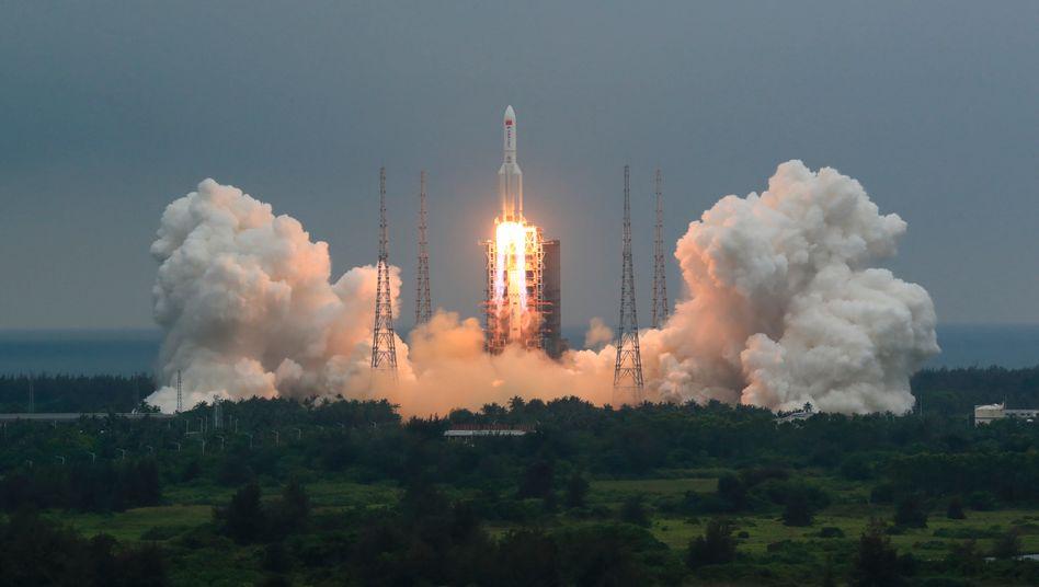 Chinesische Rakete beim Start