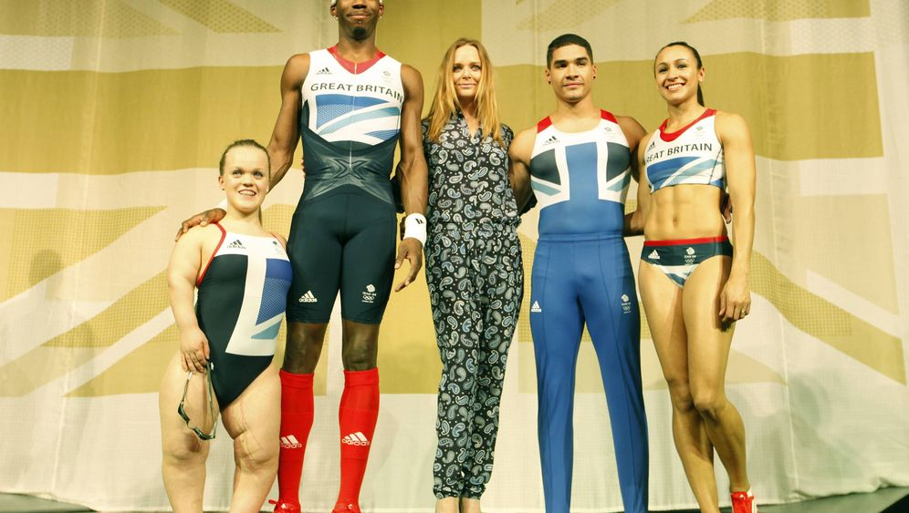 Sportlerkleidung: Athleten-Schau im Tower of London