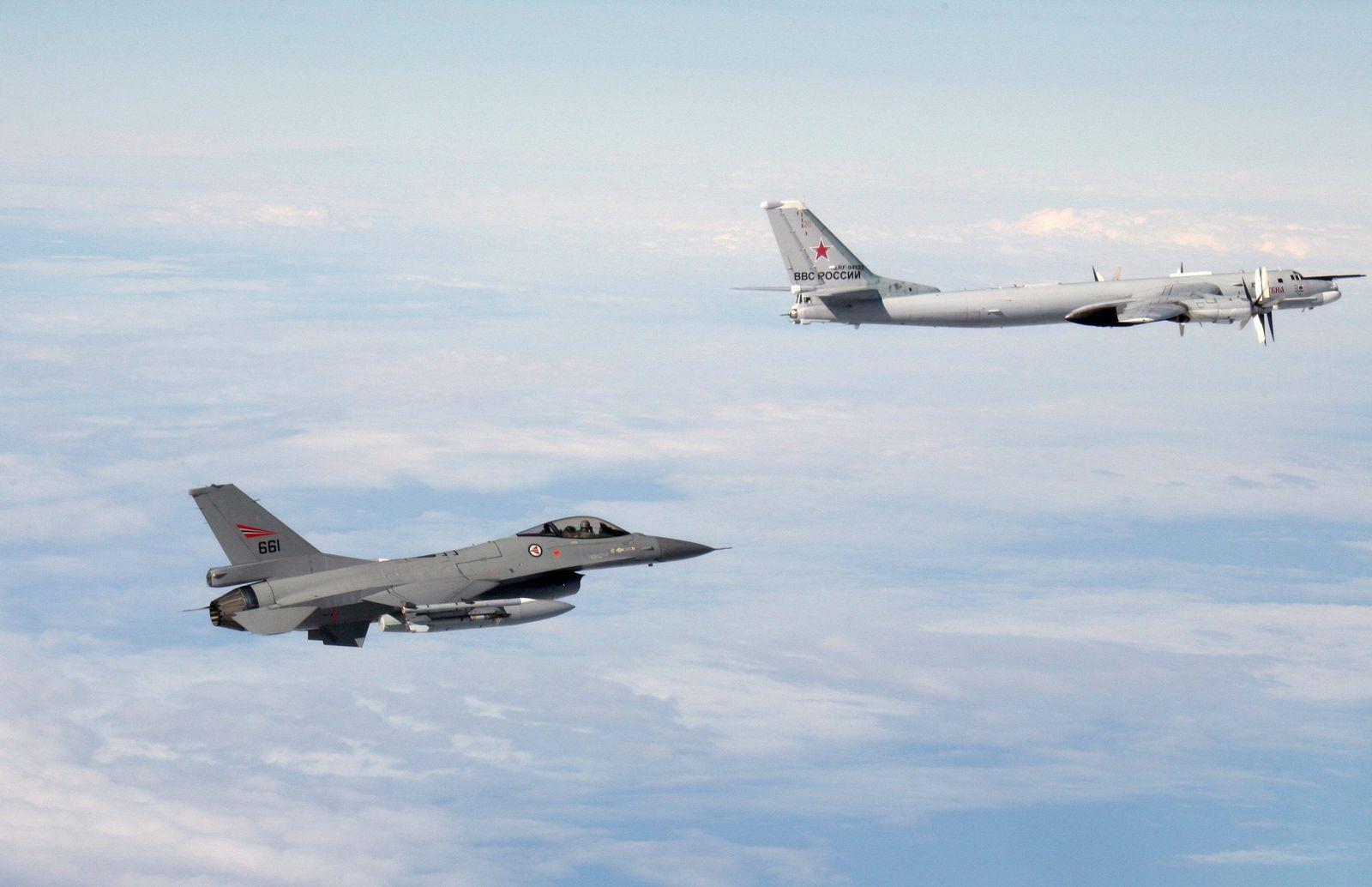Norwegian F-16 accompanying Russian Tu-95
