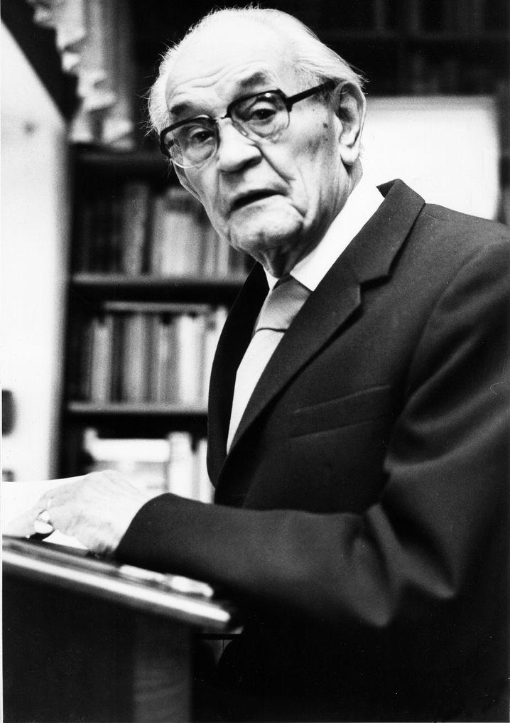 Pastor Martin Niemöller (1977): Von 1938 bis 1945 saß er in den KZ Sachsenhausen und Dachau