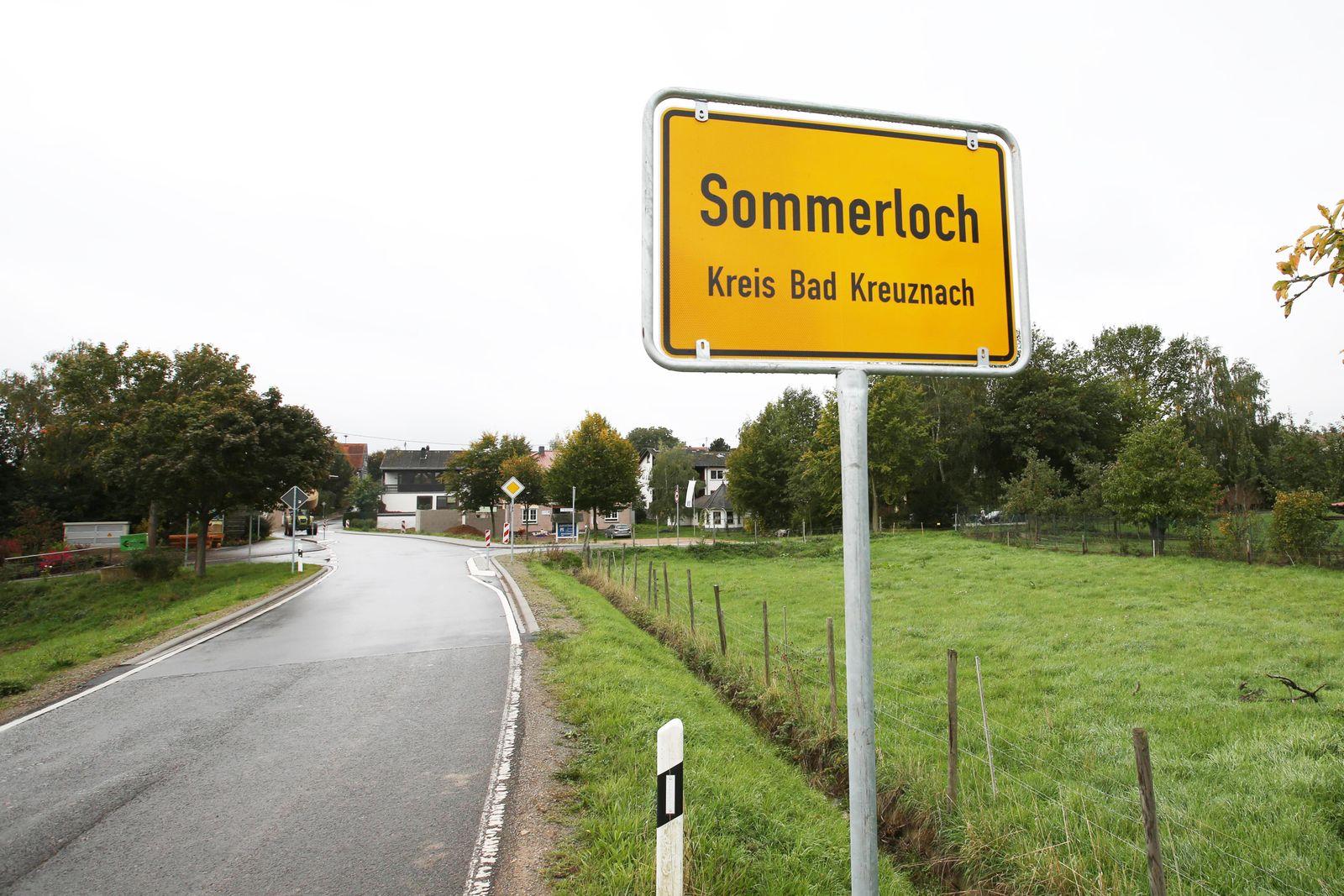 Sommerloch ist eine Ortsgemeinde im Landkreis Bad Kreuznach in Rheinland Pfalz Ortsschild