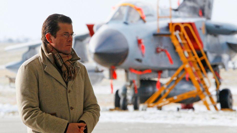Verteidigungsminister zu Guttenberg: Bundeswehr-Sparziel ist nicht erreichbar