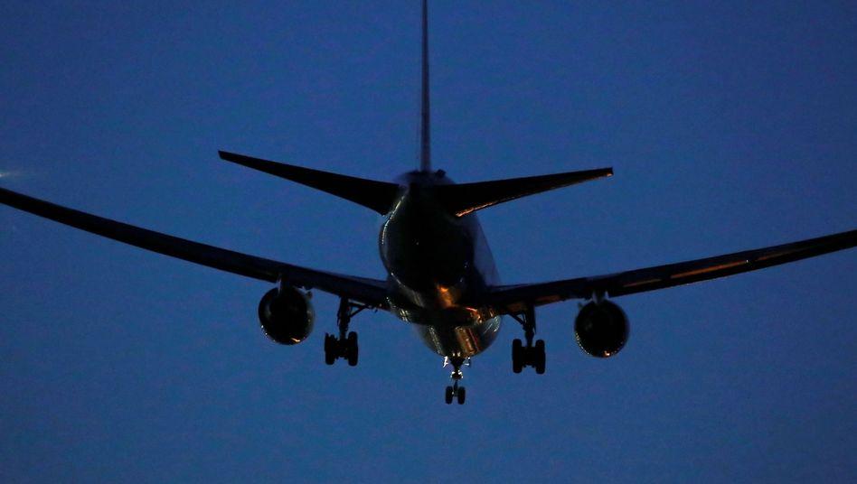 Die Boeing 767 musste am Montagabend in Madrid vorzeitig landen
