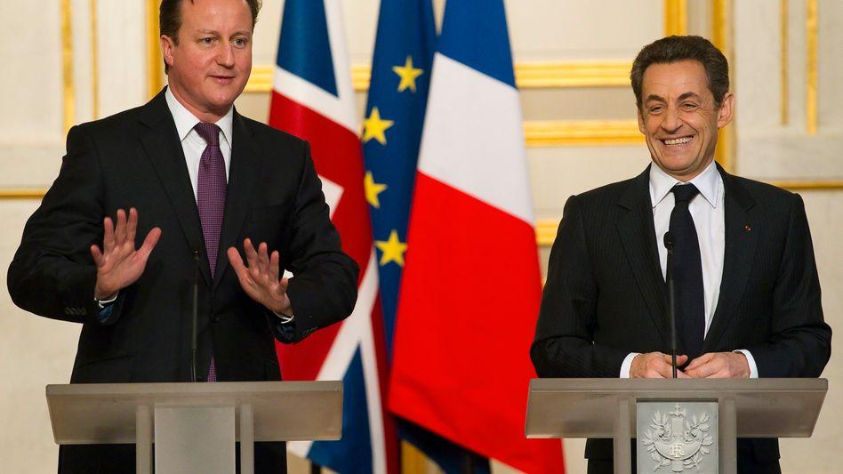 David Cameron (l.) und Nicolas Sarkozy: Engere Zusammenarbeit bei Militärprojekten