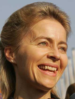 Karrierefrau von der Leyen: Als Chefin und Mutter die absolute Ausnahme