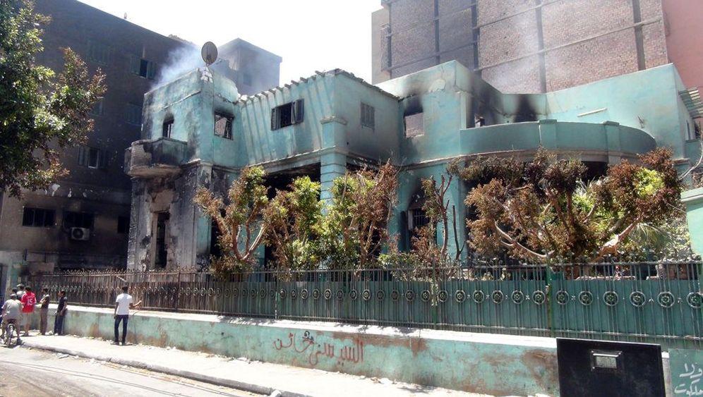 Angriffe auf Ägyptens Christen: Brennende Kirchen