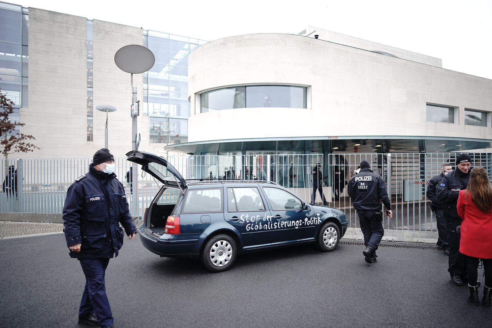 PKW Protest vor Bundeskanzleramt