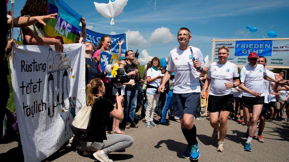 """""""Frieden geht"""": Start des Staffellaufs in Oberndorf am Neckar am 21. Mai"""