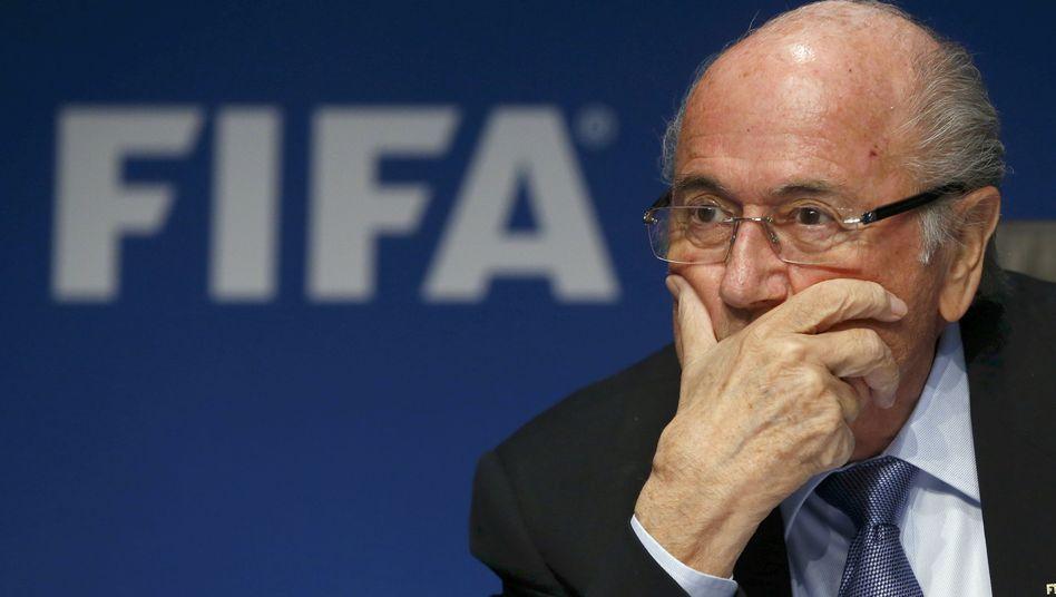 Fifa-Präsident Blatter: Weltmeisterschaft 2026 wieder im Sommer