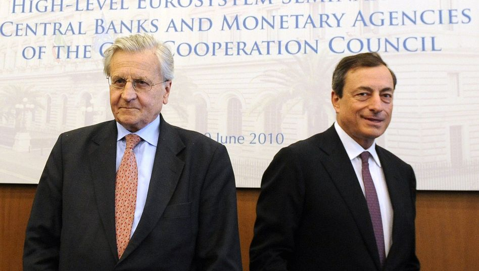 Outgoing ECB President Jean-Claude Trichet (left) and his possible successor Mario Draghi.