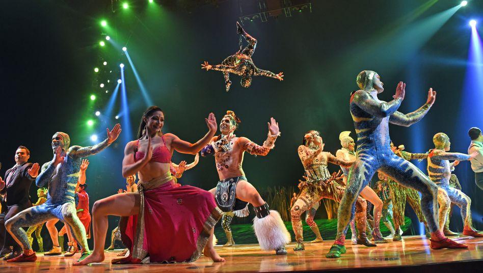 """Artisten des Cirque du Soleil: Insolvenz infolge der """"immensen Störungen und aufgezwungenen Einstellungen von Shows"""""""